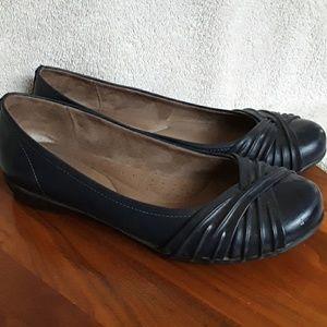 Natural Soul shoes, Sz 10, NAVY BLUE